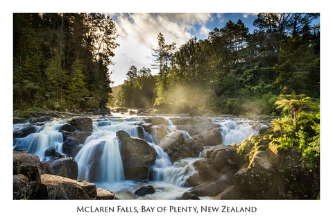 635 - Post Art Postcard - McLaren Falls