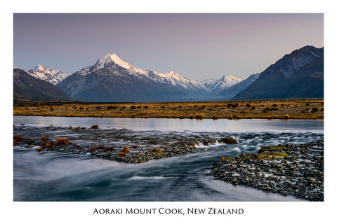 646 - Post Art Postcard - Mount Cook River