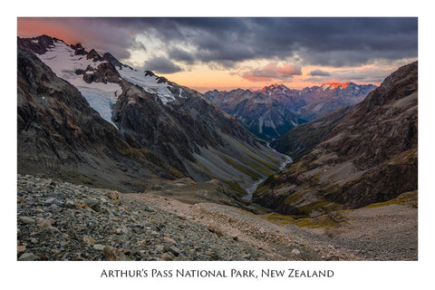 657 - Post Art Postcard - Arthurs Pass National Park