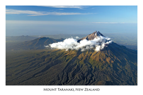 682 - Post Art Postcard - Mount Taranaki Aerial