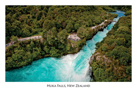 684 - Post Art Postcard - Huka Falls