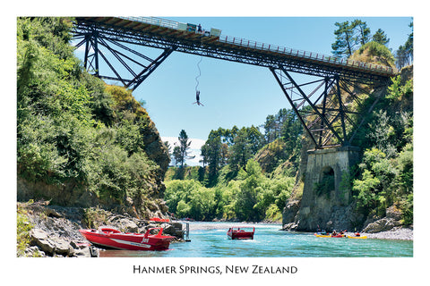 708 - Post Art Postcard - Hanmer Springs Bungy Jumping