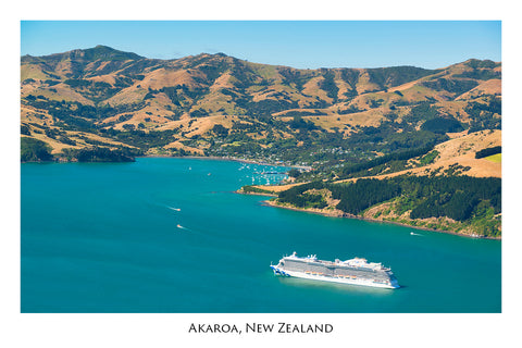 715 - Post Art Postcard - Akaroa Cruise Ship