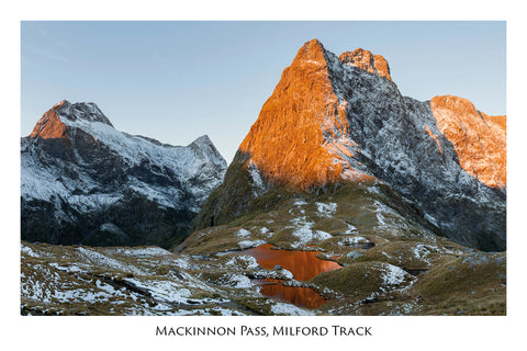 732 - Post Art Postcard - Milford Track Mackinnon Pass
