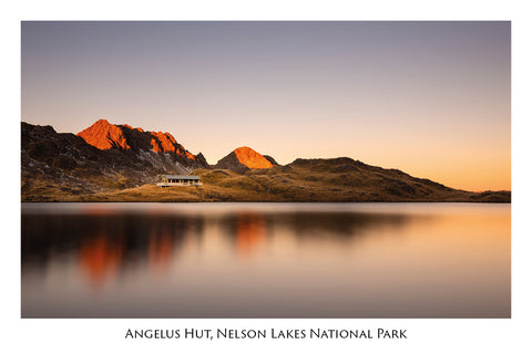 737 - Post Art Postcard - Angelus Hut Nelson Lakes National Park