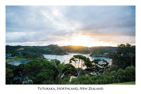 750 - Post Art Postcard - Tutukaka
