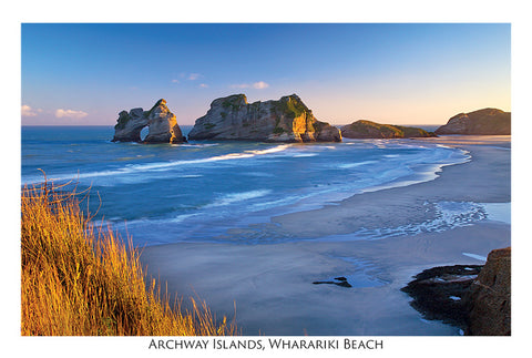 75 - Post Art Postcard - Archway Islands Wharariki Beach