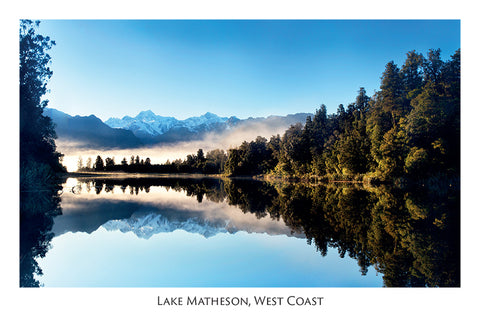 83 - Post Art Postcard - Lake Matheson