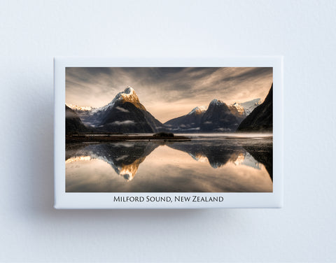FM0008 - Post Art Magnet - Milford Sound