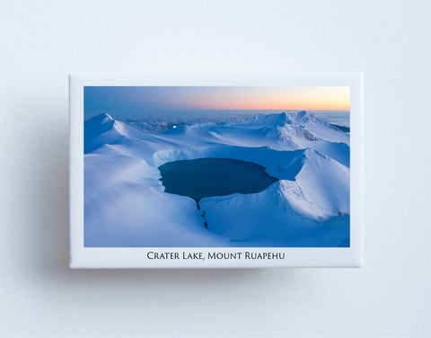 FM0040 - Post Art Magnet - Crater Lake