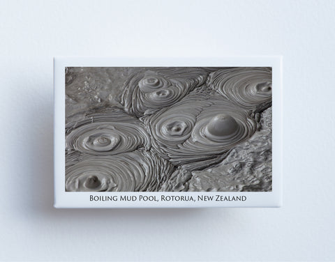 FM0050 - Post Art Magnet - Boiling Mud Pool