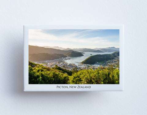 FM0053 - Fridge Magnet - Picton