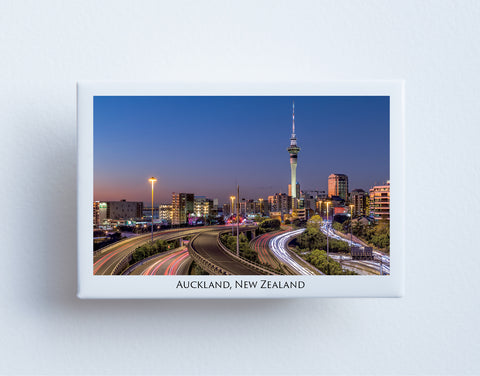FM0078 - Post Art Magnet - Auckland at Night