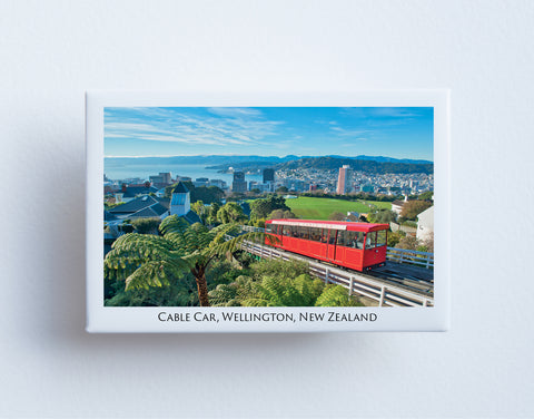 FM0087 - Post Art Magnet - Wellington Cable Car
