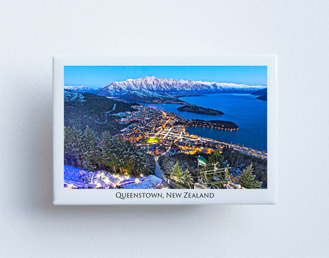 FM0099 - Post Art Magnet - Queenstown at Night