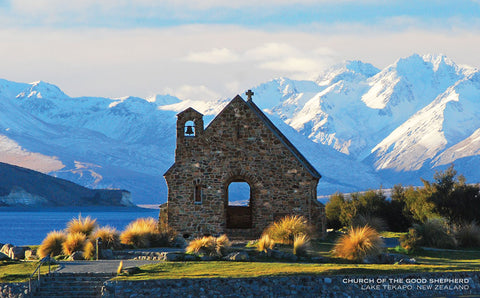 PCL1095 - Sisson Postcard - Lake Tekapo - Church of the Good Shepherd