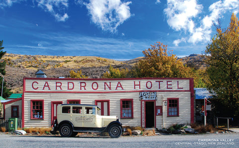 PCL1105 - Sisson Postcard - Cardrona Hotel