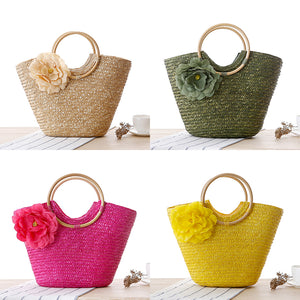 Stylish floral straw bag