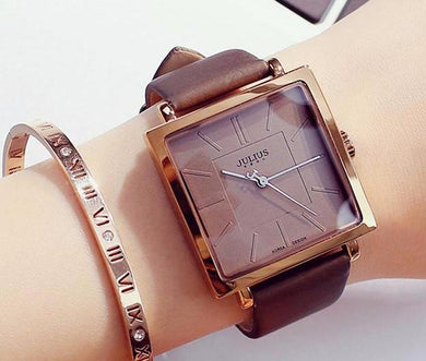 Trendy leather square watches
