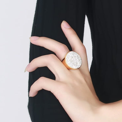Chic round bold statement ring