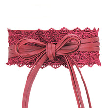Stylish waist laced belts