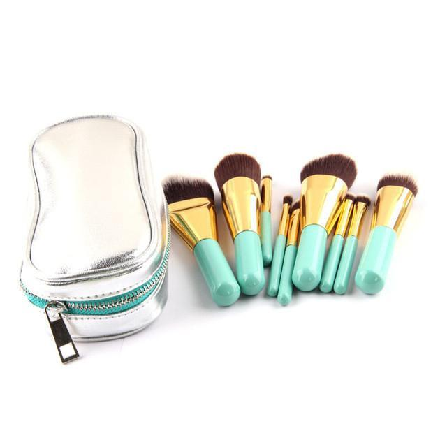 Anmore 9 Piece Makeup Brush Set with Silver Travel Case