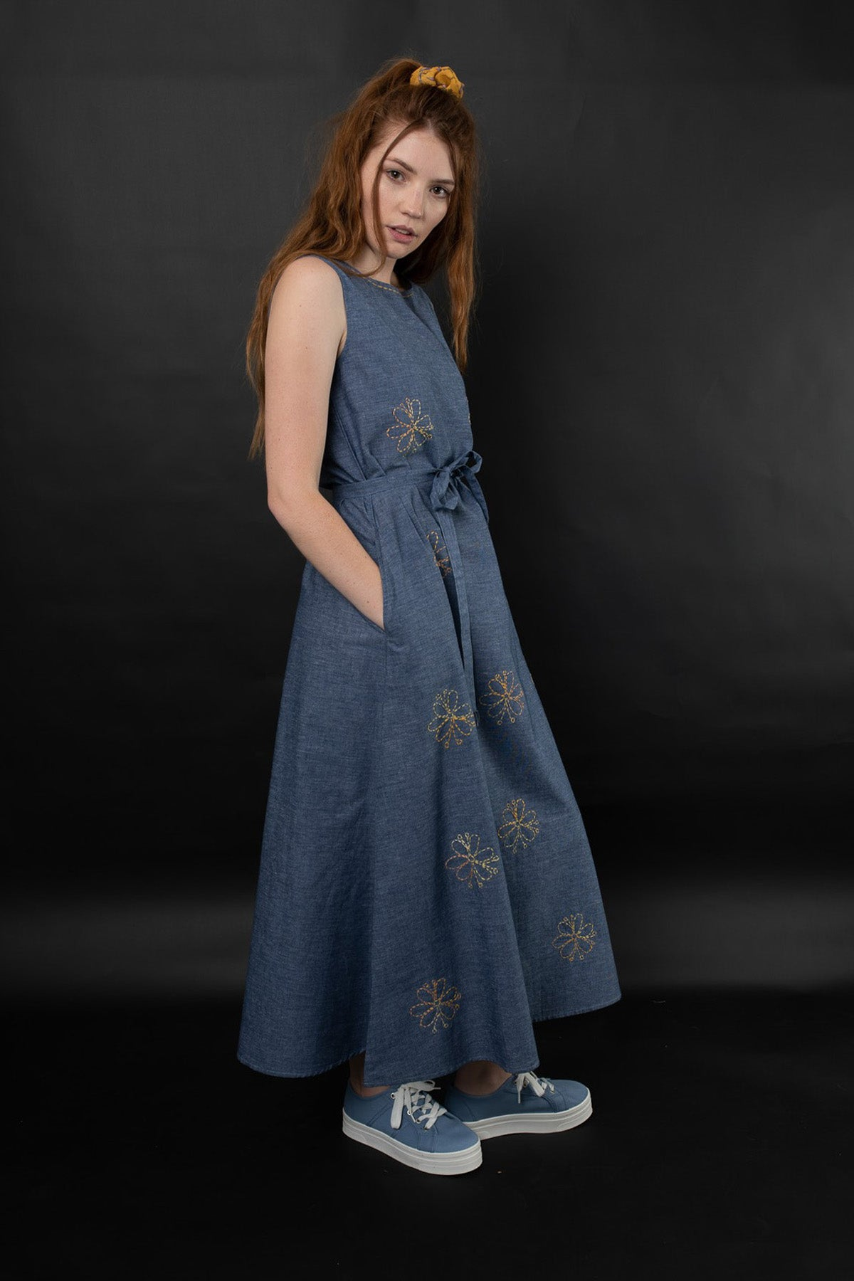 ESHE EMBROIDERED CHAMBRAY DRESS - zohaonline