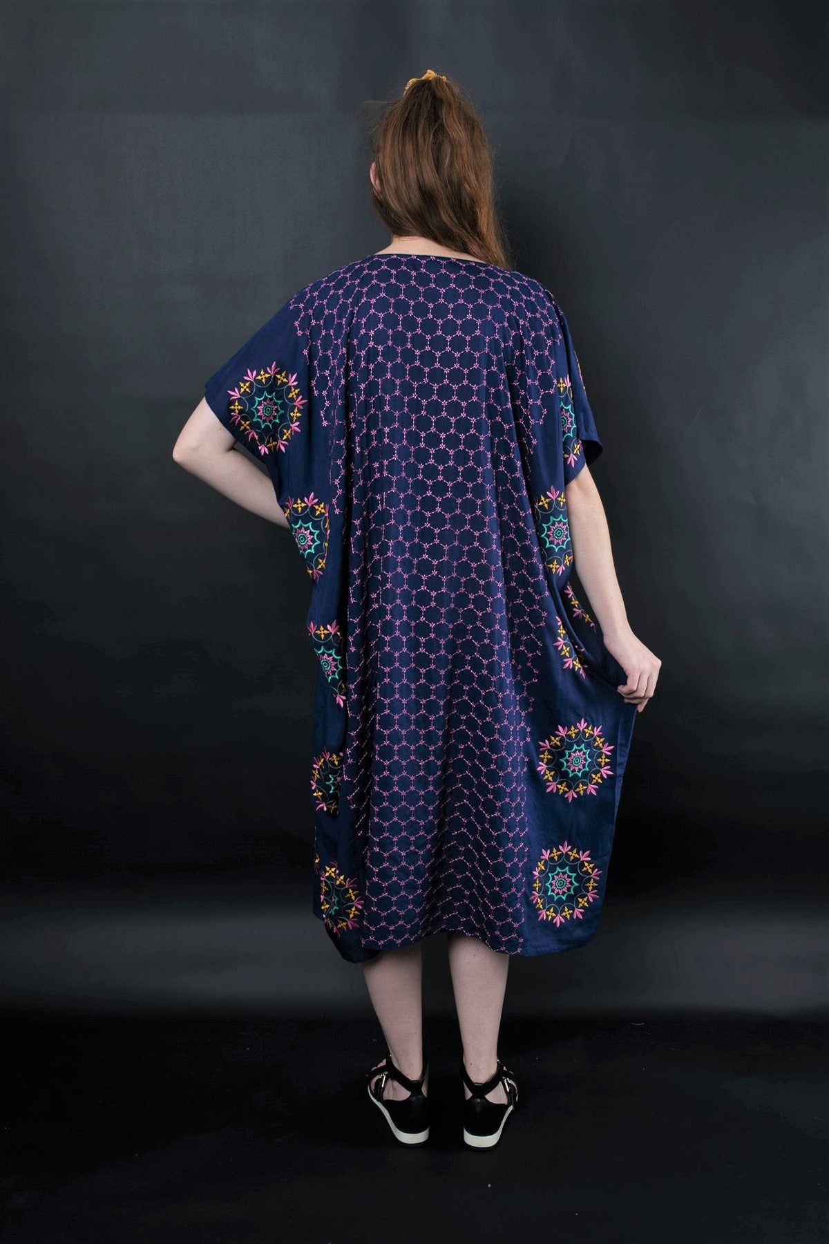 PERSIS EMBROIDERED KAFTAN - zohaonline