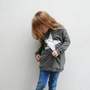 Grey Long Sweatshirt with pockets