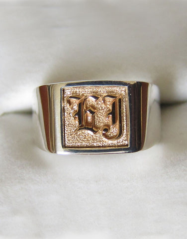 Signet Ring 925 Band w/ 18k Center