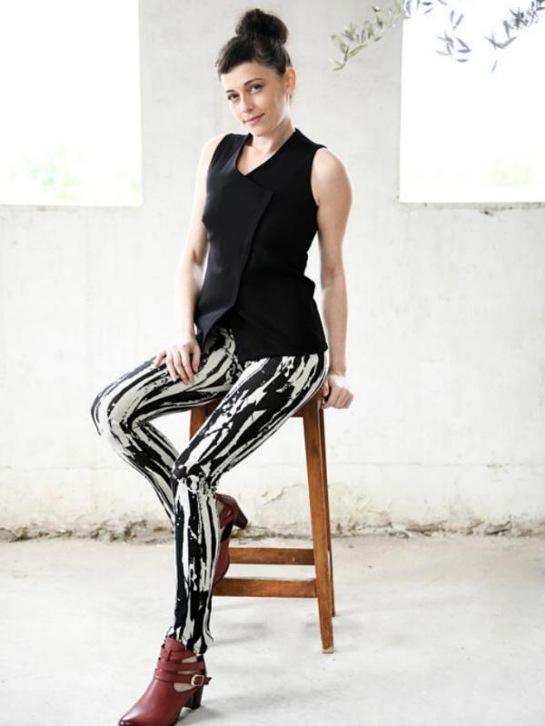 Black and White Bold Print Leggings