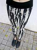 Shihar Black and White Bold Print Leggings