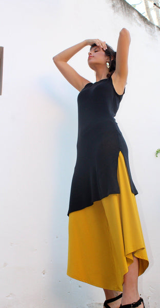 Black Simplicity Sleeveless Tunic