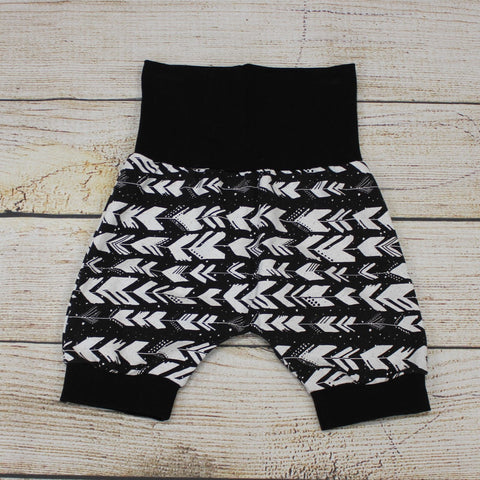 Arrows Bunny Bottom Shorts 3-12m