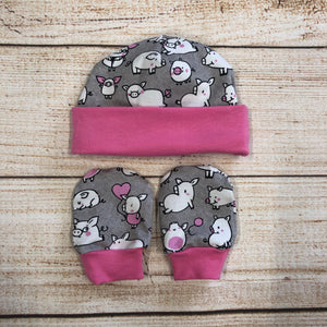 Piggies Pink Newborn Hat & Mitten Set