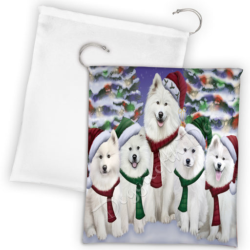 Samoyed Dogs Christmas Family Portrait in Holiday Scenic Background Drawstring Laundry or Gift Bag LGB48170