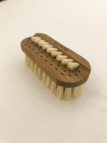 Nail Brush www.whitehomeshop.com