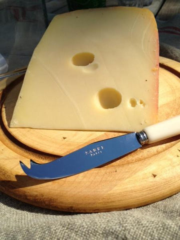 Sabre Cheese Knife - Ivory www.soapandwatereveryday.com