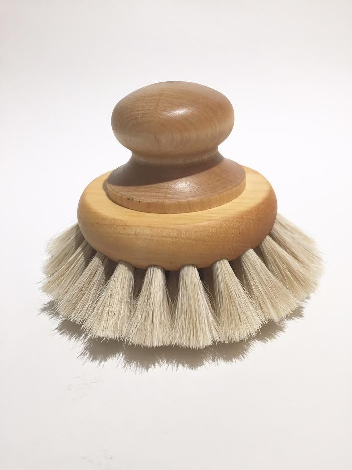 Round Body Brush www.whitehomeshop.com