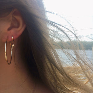 14K Gold Lightning Bolt Huggie Earrings