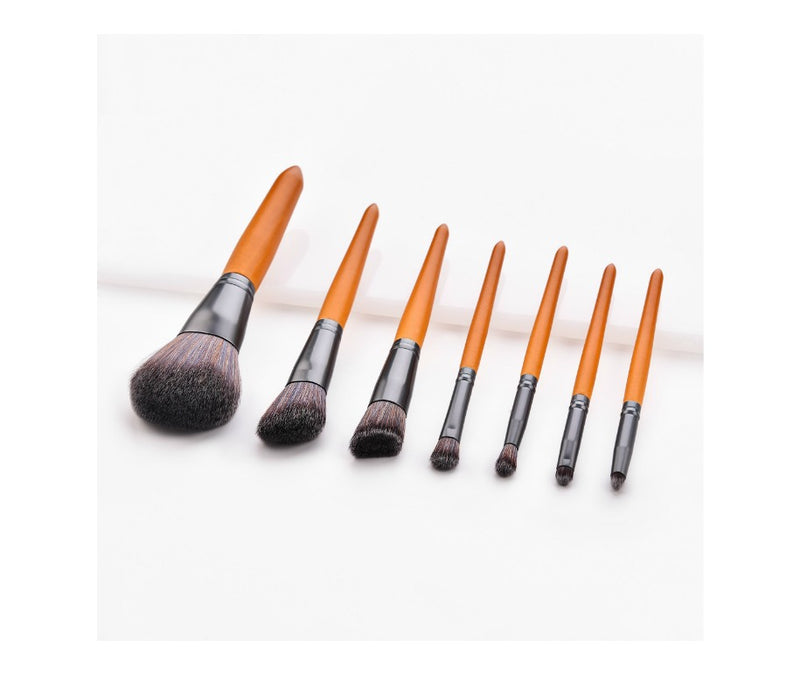 7 pc Pro Wooden Handle Brush Set - MQO 50 pcs