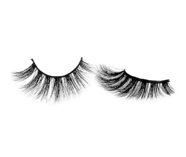 Natural Looking Lashes - #V008