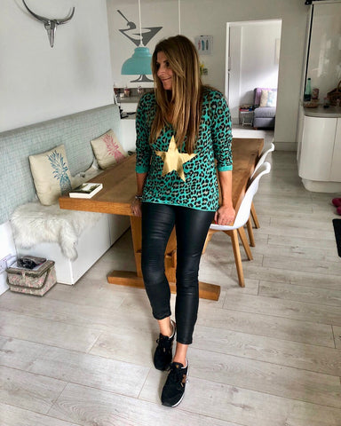 ANIMAL PRINT STAR TOP