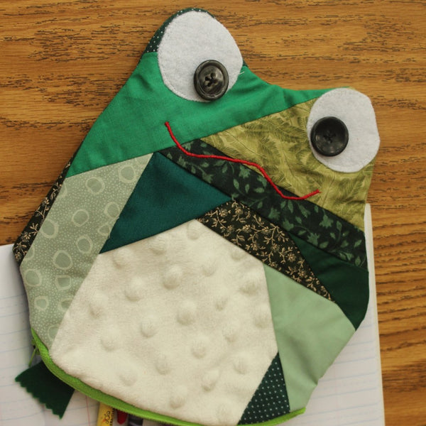 Green frog school supplies
