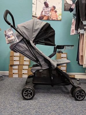 Nuna PEPP Next stroller / Frost - Summer Blowout FINAL SALE
