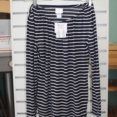 udderly Hot Mama – Luxe Long Sleeve Navy/White Stripe Nursing Top – Summer Blowout FINAL SALE