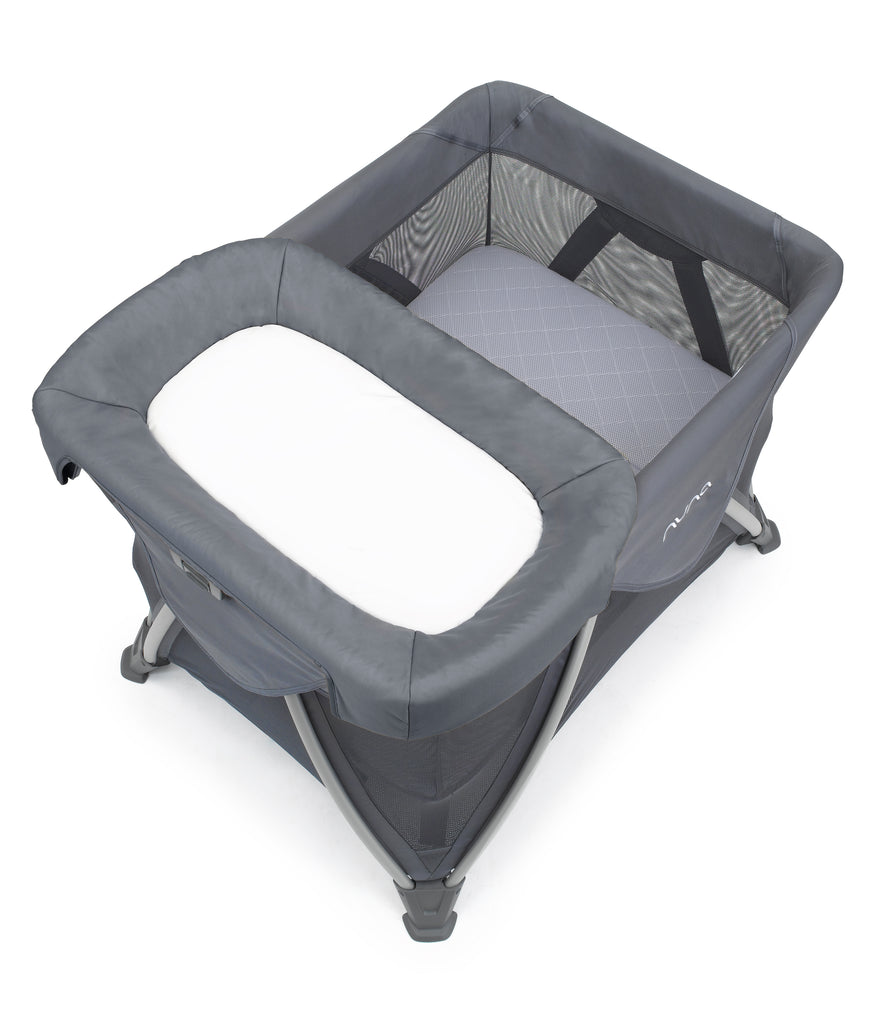 Nuna SENA aire travel crib changer