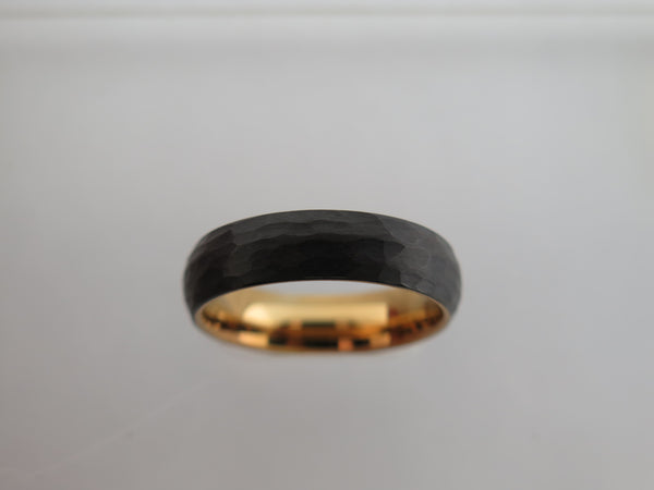 6mm Hammered Brushed Black Tungsten Carbide Unisex Band With Yellow Gold* Interior
