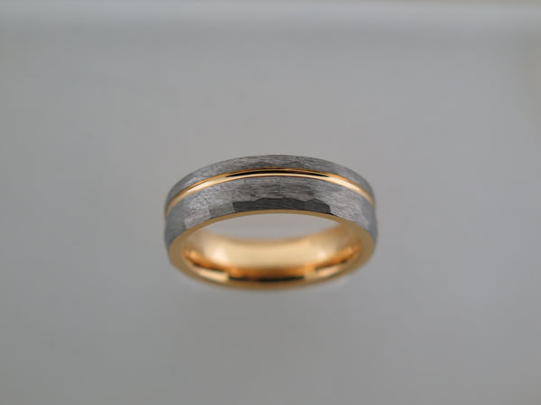 6mm Hammered Brushed Tungsten Carbide Unisex Band with Yellow Gold* Stripe & Interior