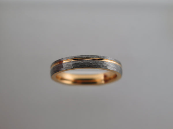 4mm Hammered Brushed Tungsten Carbide Unisex Band with Yellow Gold* Stripe & Interior